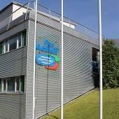 Masseninfektion Schulsportheim geschlossen /b1