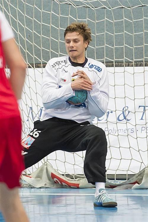 """""""Man of the Match"""": Hard-Goalie Martin Kalischnig. VN/Stiplovsek"""