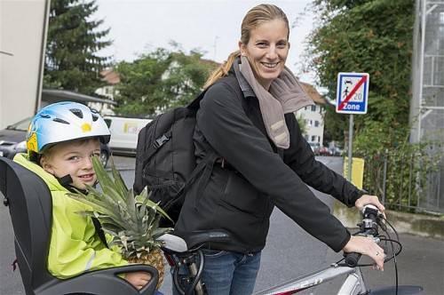 Mir fällt im Vergleich zu vorher kein Unterschied auf. Prinzipiell ist es aber natürlich wichtig, dass alle Verkehrsteilnehmer gleichberechtigt sind. Julia Auer (30)