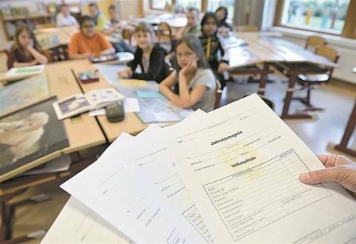 An die Stelle der Ziffernnoten soll laut Mayer eine ausführliche Form der Leistungsbeurteilung treten. Foto: APA
