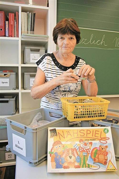 """Andrea Marktl könnte längst in Pension gehen, das will sie aber nicht, """"denn Unterrichten ist mein Traumberuf"""". Foto: VN/Matt"""