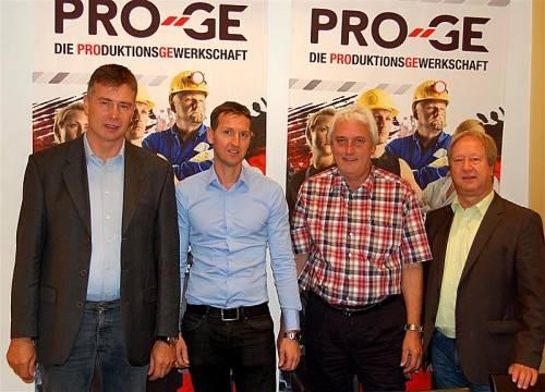 Anton Mathis (Wolford), Wolfgang Fritz (Grass), Norbert Loacker (PRO-GE-Landesvorsitzender), Siegfried Birnleitner (PRO-GE-Landessekretär).