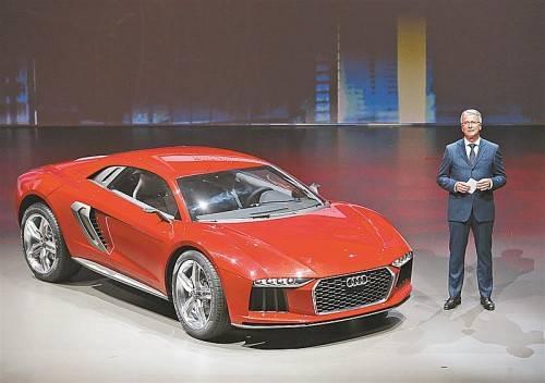 Audi-Chef Rupert Stadler bei der Präsentation des Konzept-Fahrzeugs Nanuk Quattro Concept.
