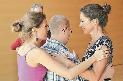 """Beim """"Tango en punta""""-Festival werden auch wertvolle Begegnungen möglich. Foto: Andrea Fritz"""