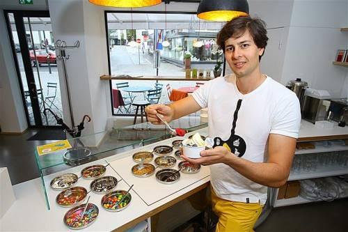 """Brachte den Trend """"Frozen Yogurt"""" aus den Metropolen nach Dornbirn: Breno Marquart. Fotos: VN/Hartinger"""