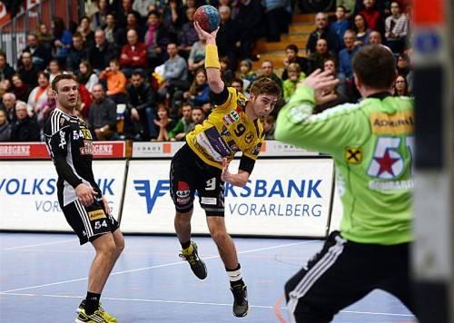 Bregenz-Youngster Peter Harrich erzielte beim 28:22-Auswärtserfolg in Pristina vier Treffer. Foto: gepa