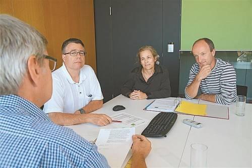 Christoph Huber, Guntram Winder, Bettina Fässler und Markus Laimer  (v. l.) bilden den Vorstand des Ethik-Komitees. Foto: VN/Hofmeister