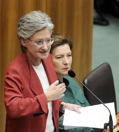 Claudia Schmied ist der Meinung, dass die Diskussionen um das Dienst- und Besoldungsrecht für Lehrer viel zu lange dauern. Foto: APA