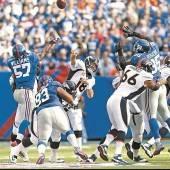 Manning Bowl wird von Peyton dominiert