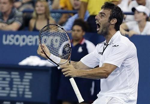 Der Spanier Marcel Granollers trifft im Achtelfinale auf den Weltranglisten-Ersten Novak Djokovic. Foto: epa