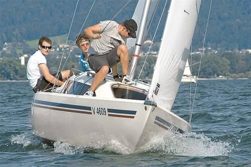 Die Crew um Max Trippolt bekommt bei der Matchrace-EM am Bodensee harte internationale Konkurrenz vorgesetzt. Foto: ht