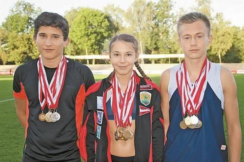 Die Medaillenjäger bei der IBL- bzw. VLV-Meisterschaft (v. l.) Lucas Schedler, Isabel Posch und Jonas Unterkirchner. Foto: privat