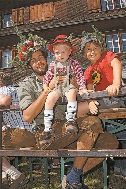 Die Tradition des Alpabtriebs wird mancherorts seit über 400 Jahren hochgehalten. Foto: L. Berchtold