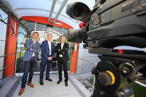 Die VN und der ORF laden Interessierte zu Diskussionsrunden zur Nationalratswahl ein. Die Moderation am 17. 9. übernehmen ORF-Chefredakteur Gerd Endrich (r.) und Johannes Huber (M.), am 20. 9. moderiert für den ORF Daniel Rein (l.). foto: VN/Hartinger