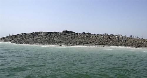 Die Wucht des Bebens war so gewaltig, dass vor der Küste Pakistans sogar eine neue Insel entstanden ist.  ap