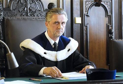 Ein Fünf-Richter-Senat des OGH befasst sich im Oktober mit den Urteilen in der Testamentsaffäre: Kurt Kirchbacher hat den Vorsitz inne. Foto: APA