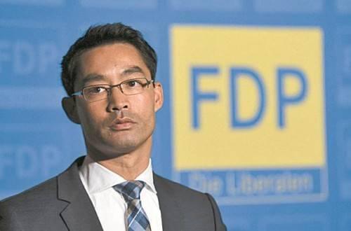 """FDP-Chef Rösler: """"Stelle mein Amt zur Verfügung."""" Foto: RTS"""