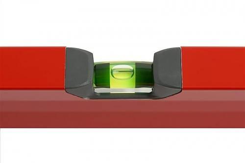 Garant für Genauigkeit sind die roten Wasserwaagen von Sola.
