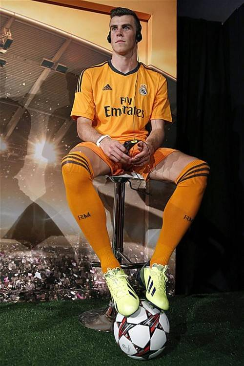 Gareth Bale bei der Präsentation des neuen Real-Dresses. Foto: epa