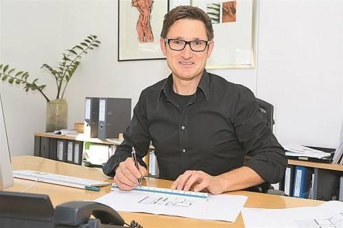 Gerhard Müller lebt den familiären Gedanken in seinem Unternehmen. Foto: VN/Hofmeister