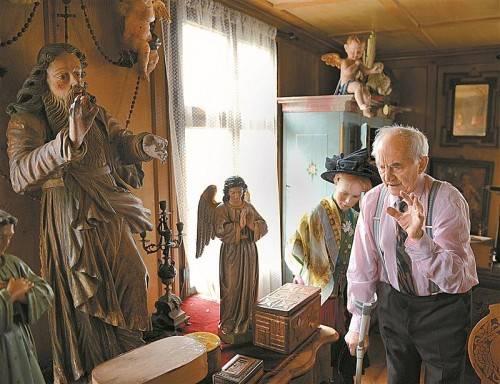 Historiker Rudolf Sagmeister besuchte mit Georg Kalb gestern erneut das Kalb-Haus in Dornbirn. FotoS: Rudolf Sagmeister
