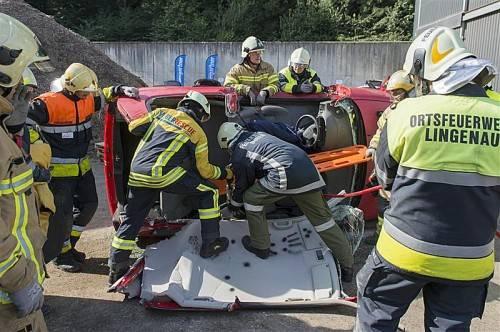In Götzis wurden Unfallszenarien nachgestellt. Fotos: vn/stiplovsek
