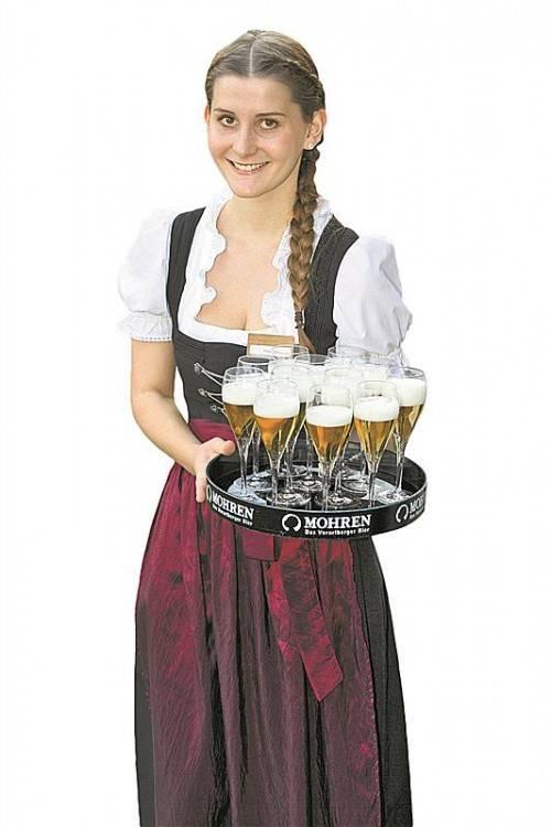 Jessica Hadwiger servierte Apéro-Bierchen.