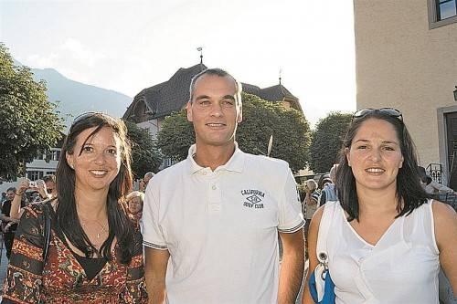 Katrin Granderath, Geschäftsführer Dieter Dubkowitsch (EYOWF 2015) und Monika Vonier (v. l.).