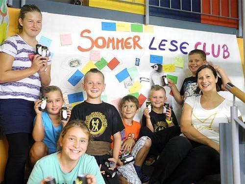 Kinder von den Sommerleseclubs begeistert. Foto: lcf
