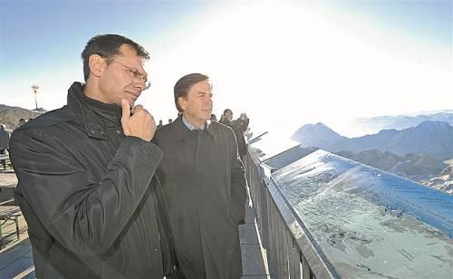 Landeshauptmann Markus Wallner (l.) mit seinem steirischen Amtskollegen Franz Voves bei einer LH-Konferenz auf der Tiroler Zugspitze: Das BZÖ würde diesem Gremium die Aufgaben des Bundesrats übertragen. FotoS: APA