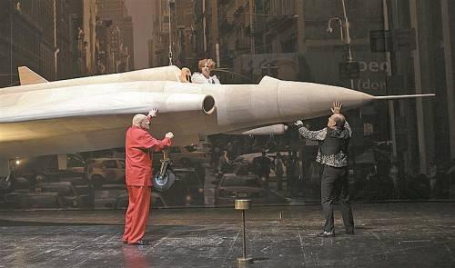 Landung mit Starbesetzung: Birgit Minichmayr, Ignaz Kirchner und Martin Wuttke in der Pollesch-Uraufführung am Akademietheater. Foto: APA