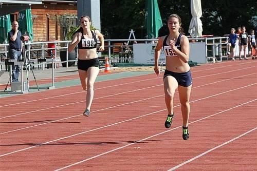 Magdalena Baur holte sich Gold im Hürdenlauf. Foto: schwämmle