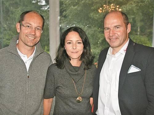 Mario Reiter mit Natascha und Marc Girardelli.
