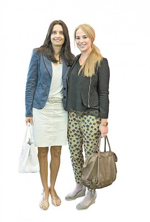 Marketingladys: Martina Pointner (l.) und Victoria Fitz.