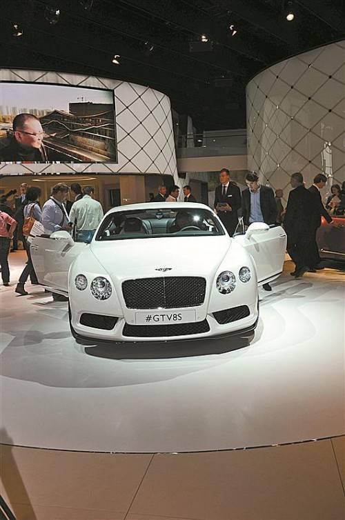 Marktstart für den GT V8 S ist Anfang 2014. Preise noch offen.