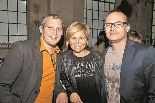 Matthias Moosbrugger (Rhomberg Bau) mit Sabine und Andreas Karg (JI-Vorsitzender).