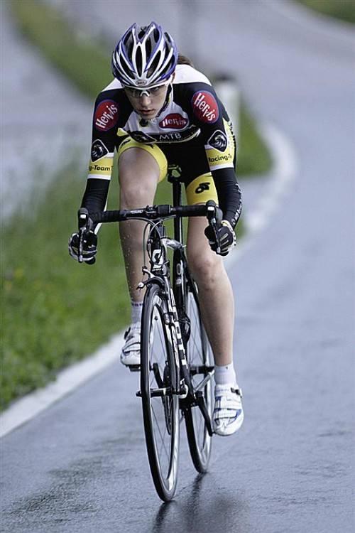 Melanie Amann (17) startete erstmals bei der Elite. Foto: akp