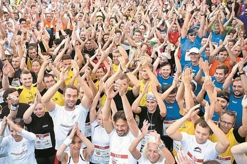 Motiviert und voller Begeisterung gingen Läuferinnen und Läufer aus allen Teilen des Landes an den Start. Fotos: VN/steurer