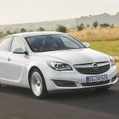 Opel-Flaggschiff Insignia fährt im neuen Gewand vor