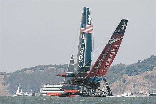 New Zealand im Glück, das Boot wäre beinahe gekentert. Foto: ap