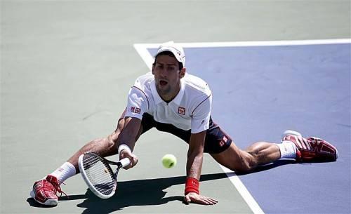 Novak Djokovic wurde im Halbfinale von Stanislaw Wawrinka voll gefordert. Foto: epa