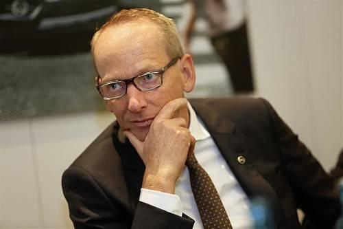 Opel-Chef Karl-Thomas Neumann mit viel Optimismus.