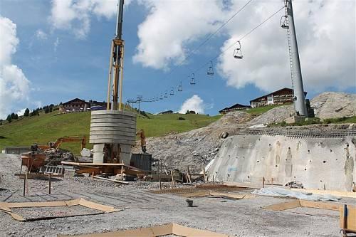 Rund 9000 Kubikmeter Aushub für neue Tiefgarage. Foto: Strauss