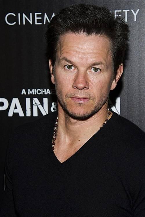 Schauspieler Mark Wahlberg hat mit 40 Jahren seinen Highschool-Abschluss in der Tasche. Foto: AP