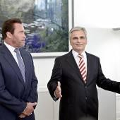Schwarzenegger auf Besuch im Kanzleramt