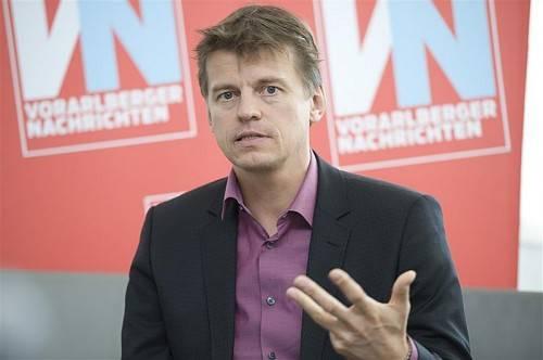 Veit Dengler, Mitbegründer von NEOS und mit 1. Oktober alleiniger CEO der NZZ-Mediengruppe in Zürich. Foto: vn/Rhomberg