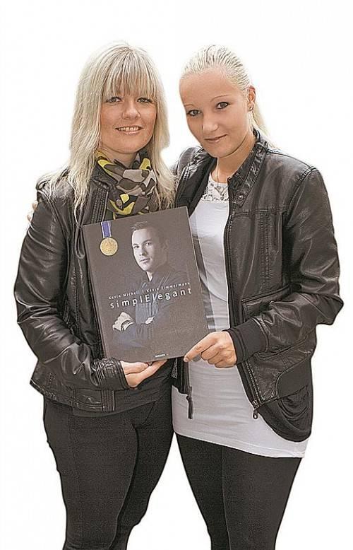 Weltmeisterliche Tipps für Orsolya Bosek (l.) und Nicole Schwarz.