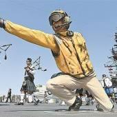 Gedenkfeier auf einem kalifornischen Flugzeugträger