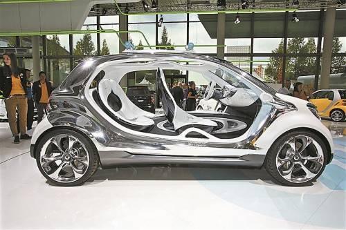 """smart arbeitet an einem neuen kompakten Viersitzer. In Frankfurt steht der Vorbote """"fourjoy""""."""