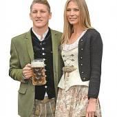 FC Bayern lacht von der Ligaspitze